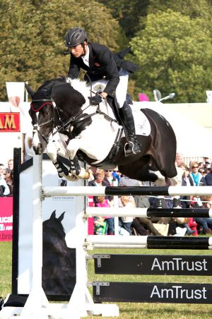 Commander - clearing 1.55m - at the Amtrust  HighJump - at Blenheim,  England